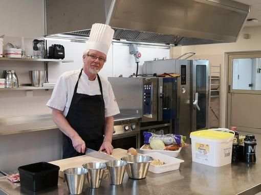 Egil Karlsen har arvet kokkeyrket etter pappa
