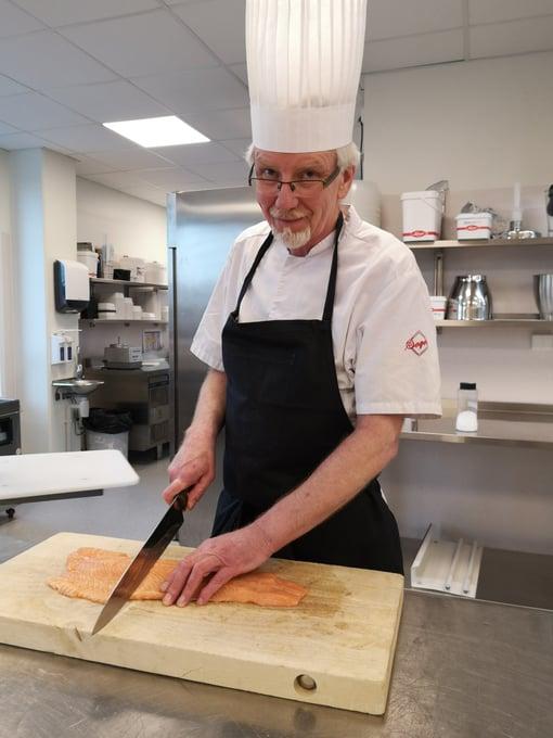 Egil Karlsen er opptatt av at maten skal innby til matlyst