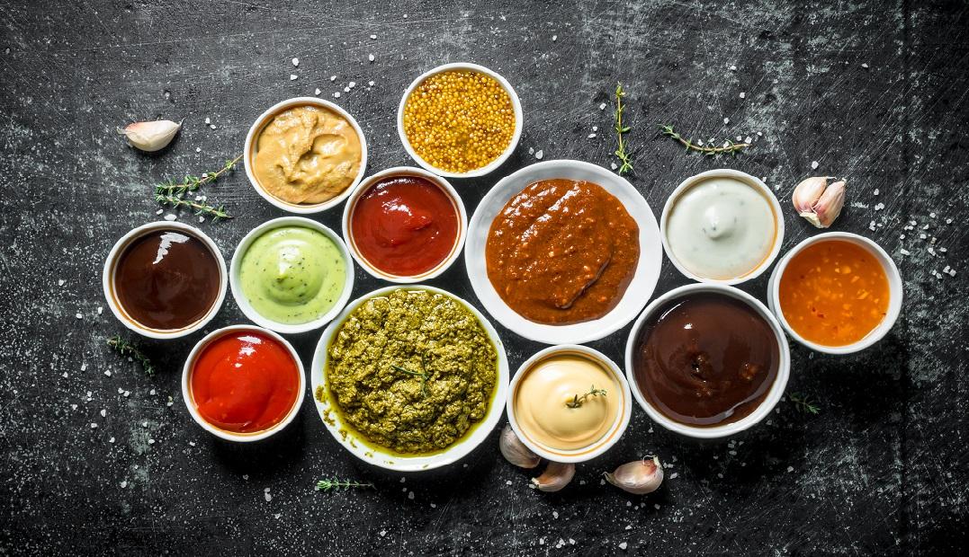 10 enkle dressinger og sauser basert på Mills Majoneser