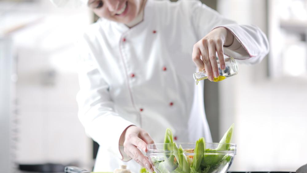 Matrester? Her er 5 kreative tips til hvordan du kan bruke opp maten i kantinen