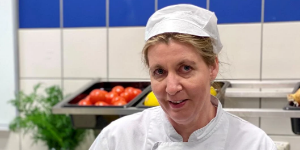 Månedens kokk:Terese Brenna Larssen mener at institusjonsmat er bedre enn sitt rykte